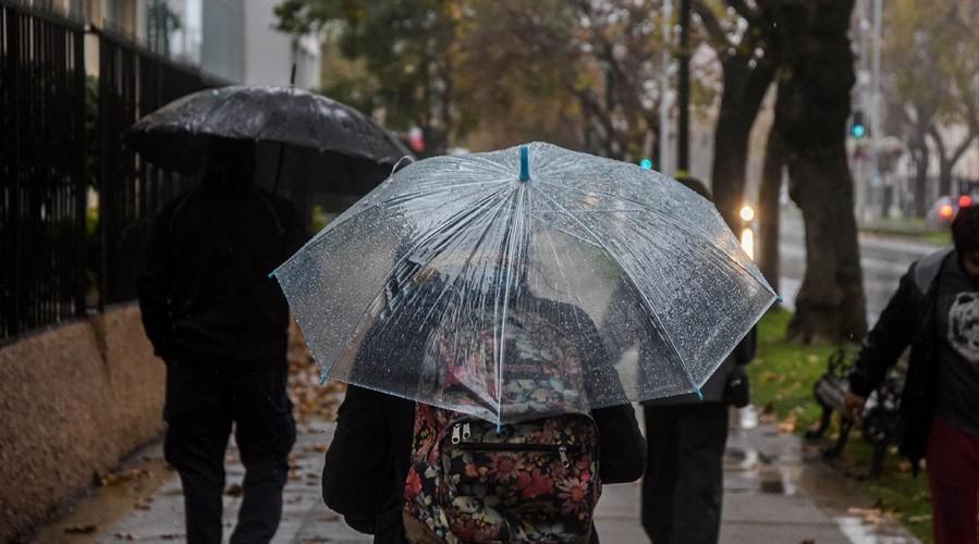 Se esperan lluvias para este miércoles: Revisa el pronóstico para la Región Metropolitana