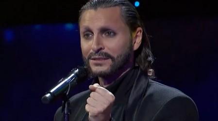 """""""Olvídame tú"""": Santiago Meneghello cautivó al jurado en la voz de Miguel Bosé"""