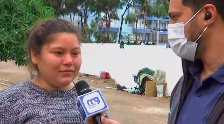 """Migrante venezolana rompe en llanto: """"¿Qué voy a hacer yo en Venezuela?"""""""