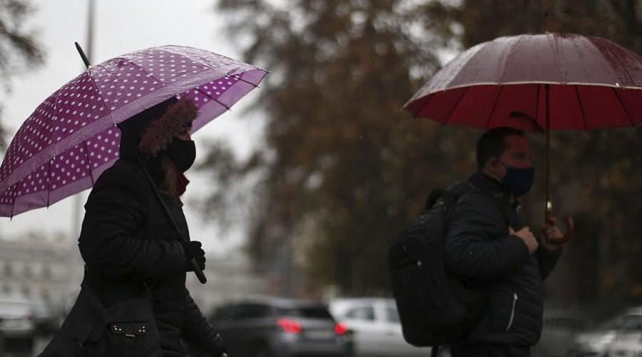 ¡Bajan las temperaturas! Anuncian precipitaciones en la región Metropolitana para el próximo sábado