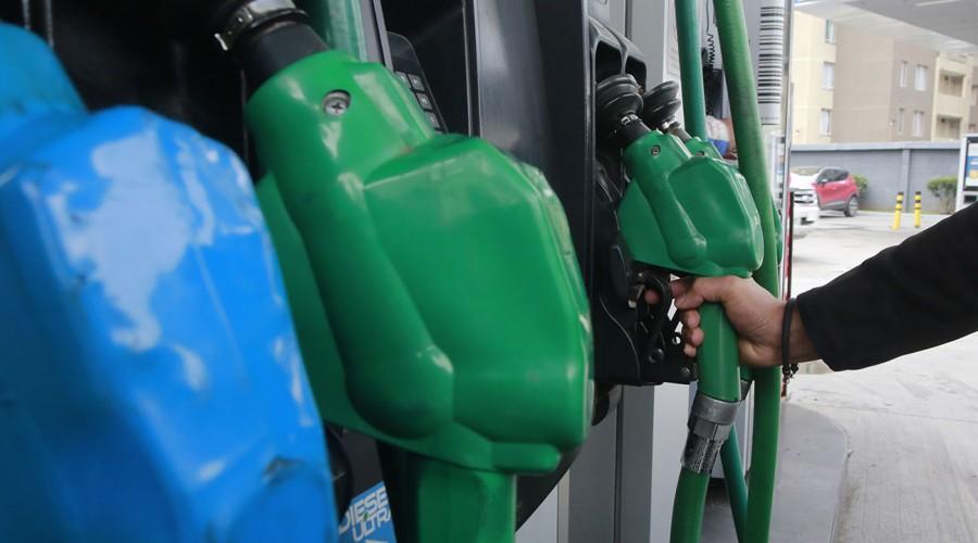 Alzas en los precios de las bencinas: ¿Dónde encontrar los valores más bajos?