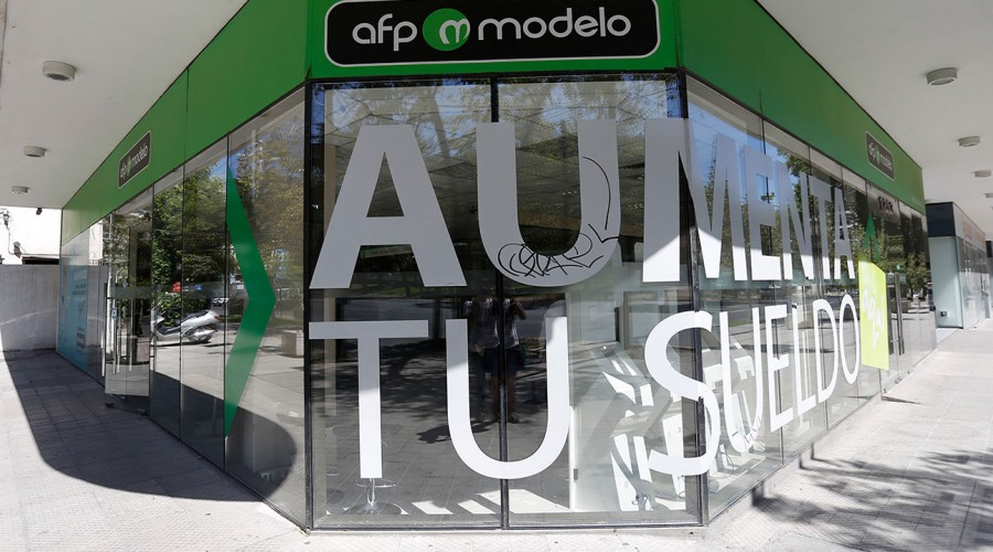 AFP Modelo se convierte en la más barata del mercado: Conoce cuánto podrías ahorrar de tu sueldo