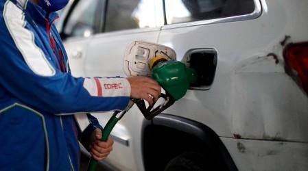 Nueva alza en las bencinas: Revisa dónde encontrar los precios más bajos
