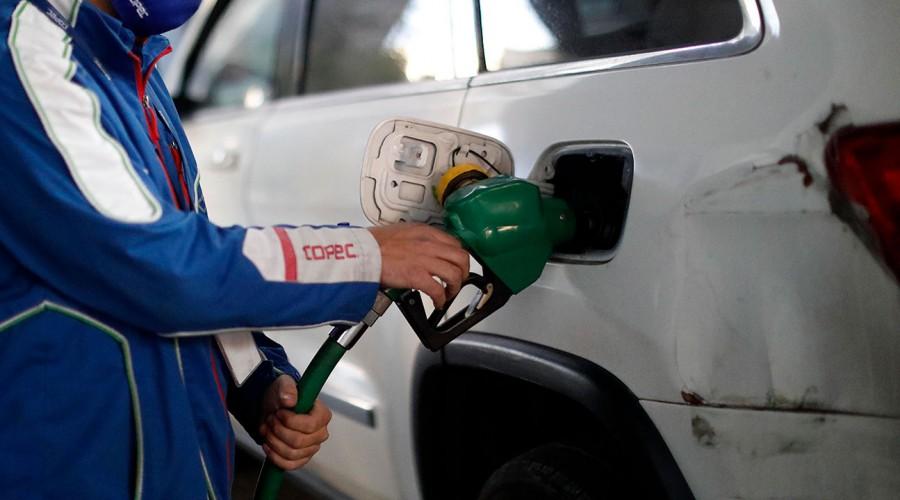 Este jueves las bencinas tendrán una nueva alza: ¿Dónde encontrar los precios más bajos?