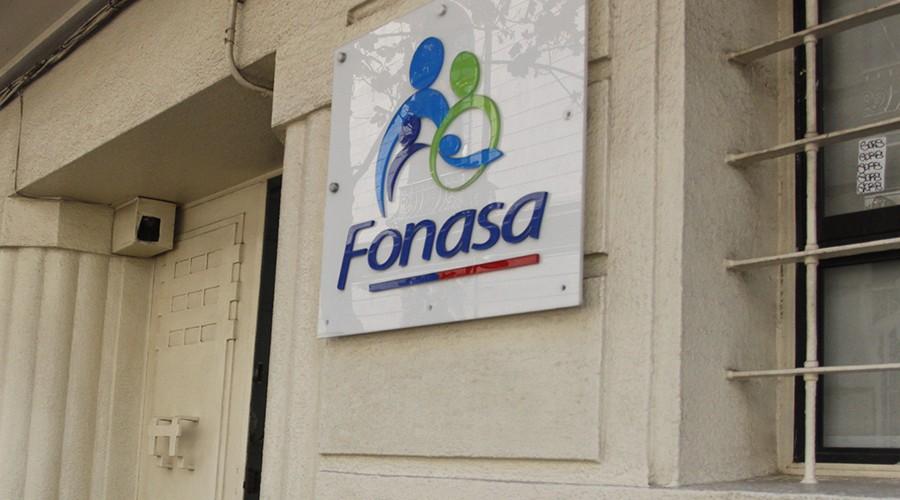 Comenzó la devolución de excedentes de Fonasa: Revisa si tienes dinero disponible