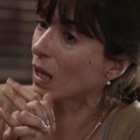 Teresa se entera sobre la teoría del suicidio de Joaquín