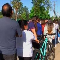 Será requisito para el Pase de Movilidad: Largas filas en Maipú y Puente Alto por la tercera dosis