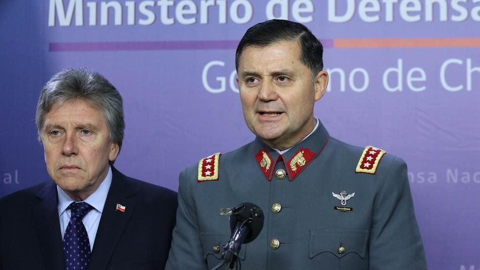 El general Martínez ya conversa con el Ministro Espina / AgenciaUno.