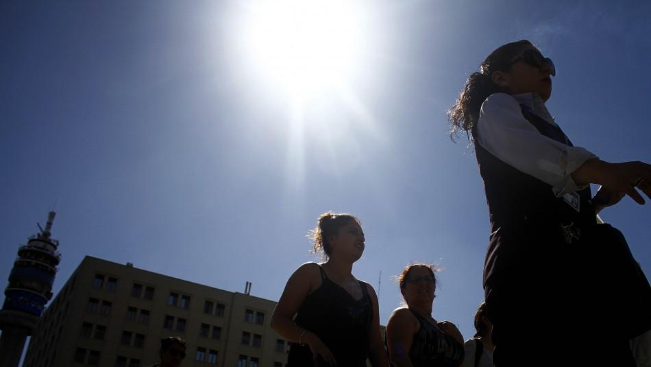 Ola de Calor en Santiago / Agencia UNO.