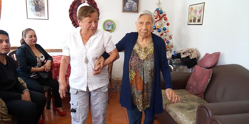 Ema Francisca Páez tiene 106 años y sorprende por su vitalidad