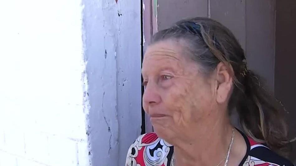 Sra. María, habitante de Tongoy, pide ayuda.
