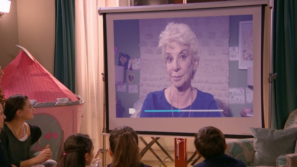 [VIDEO] Casa de Muñecos: Nora casi confiesa la verdad sobre su enfermedad