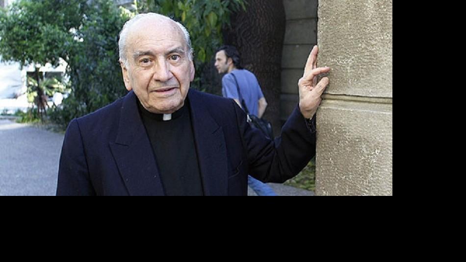 Antes de las denuncias se pensaba en un proceso de santificación para Renato Poblete