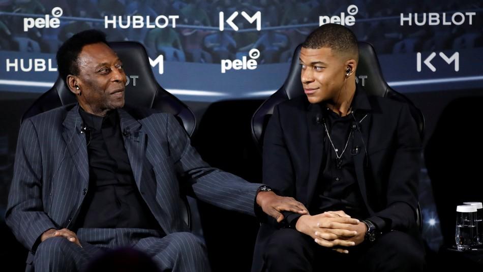 Pelé fue hospitalizado en París. / Reuters