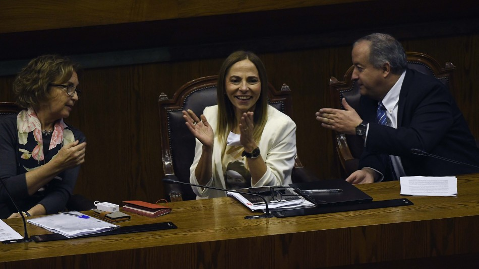 Isabel Plá celebra la aprobación del proyecto / Agencia Uno.
