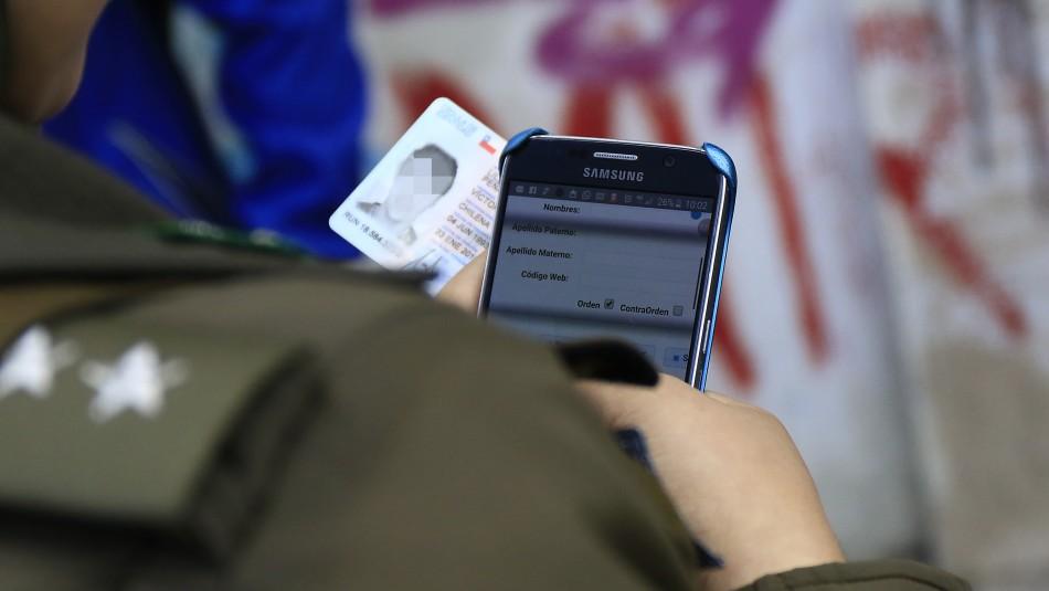 Control preventivo de identidad a menores / Agencia Uno