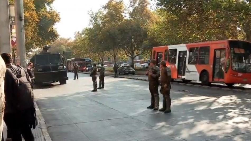 Comerciante ambulante de Santiago muere atropellado en confuso incidente con Carabineros