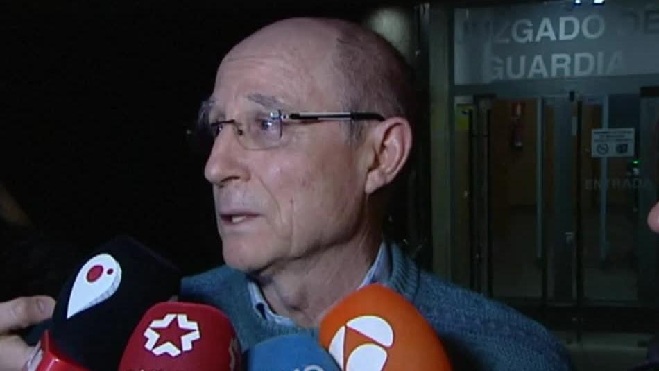 Liberan a español que ayudó a morir a su mujer en caso que reabre debate sobre eutanasia