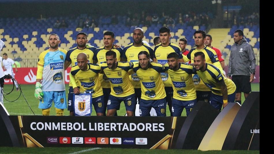 El Campanil juega en Perú. / Agencia Uno