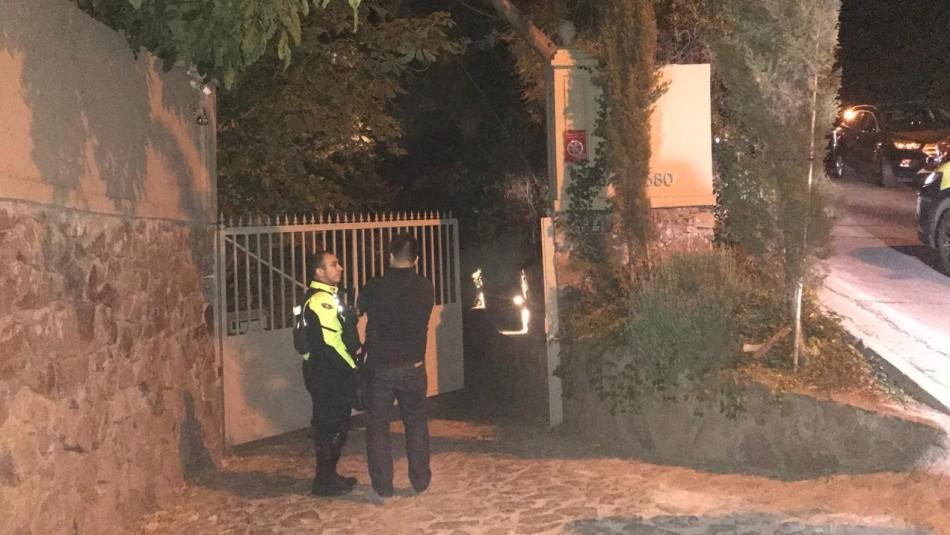 Sobrina del ministro del Interior sufre el robo de sus vehículos en Vitacura