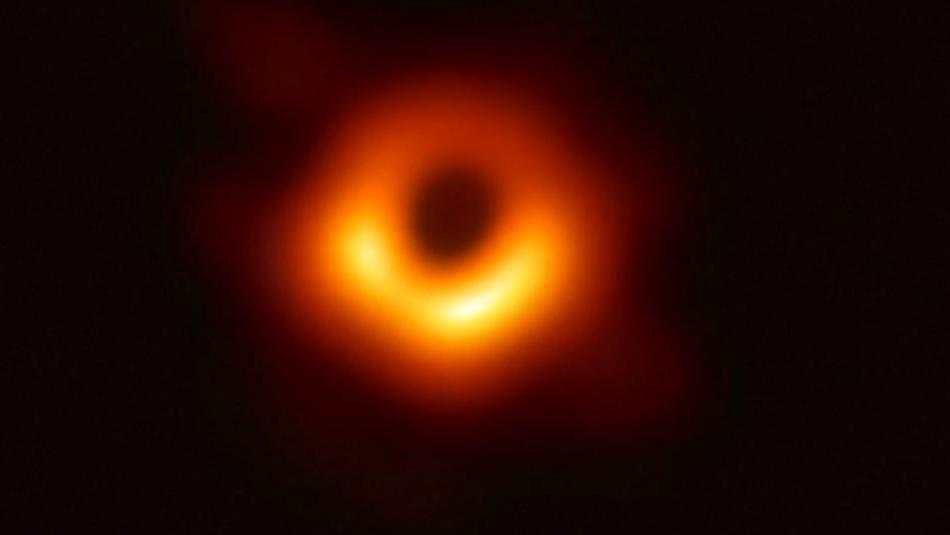 [VIDEO] Así es la primera imagen real de un agujero negro y que asombra a la comunidad científica