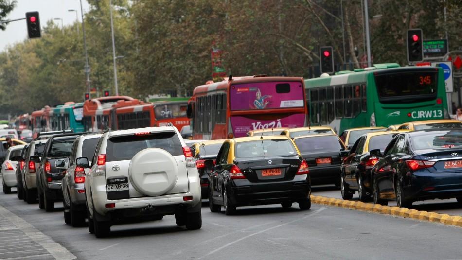 Restricción vehicular a catalíticos 2019 en Santiago se aplicará a dos dígitos por día
