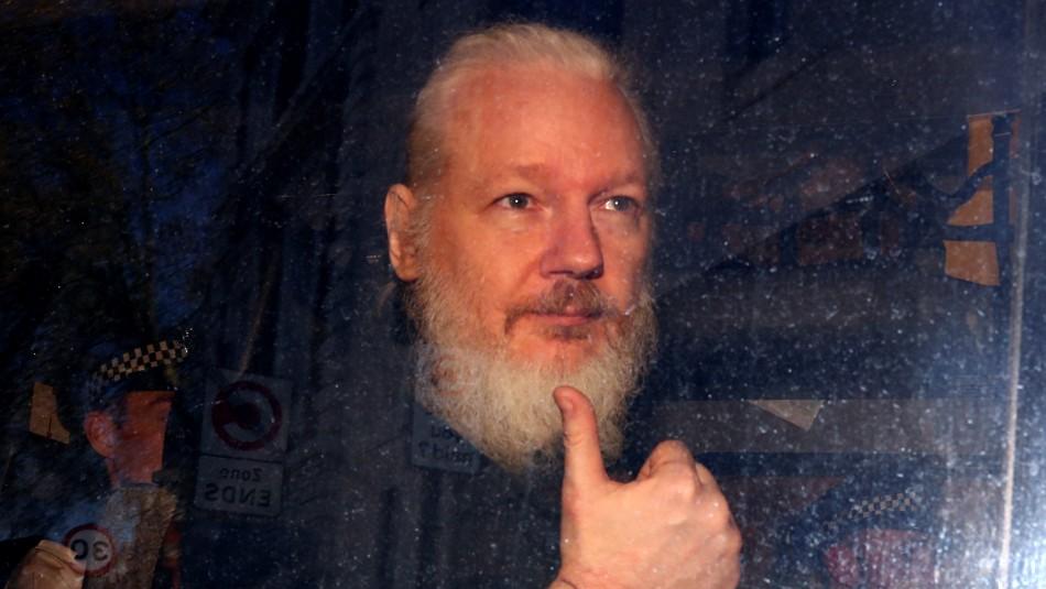 Julian Assange es acusado en Estados Unidos de