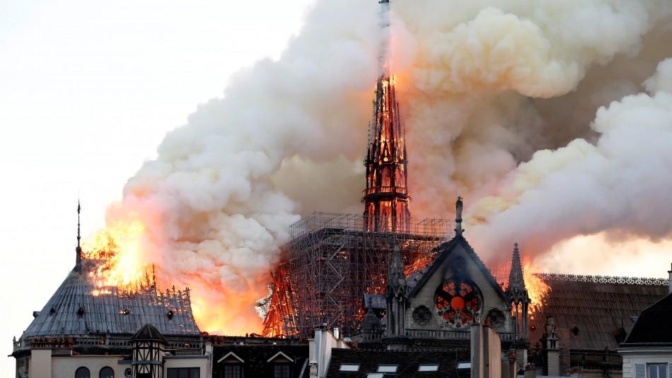 Notre Dame: Por qué fue imposible utilizar aviones cisterna para apagar el incendio