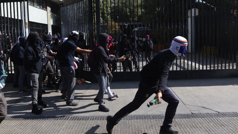 Incidentes en el Instituto Nacional / Agencia Uno