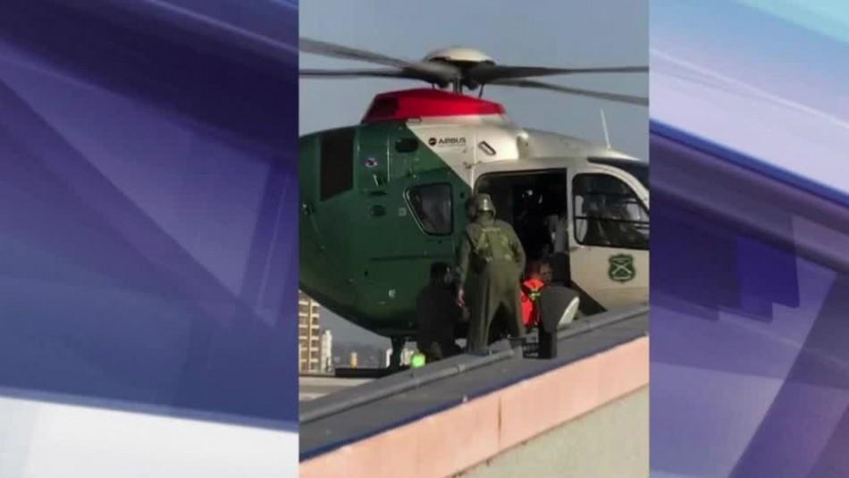 [VIDEO] Helicóptero de Carabineros sufre caída de puerta en pleno aterrizaje