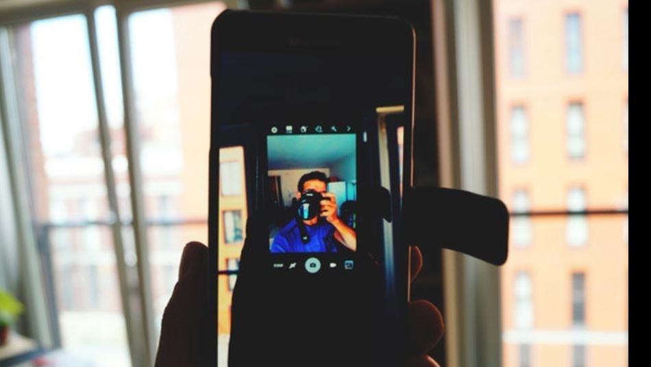 Amazon obliga a sus conductores a tomarse selfies cuando hacen sus entregas