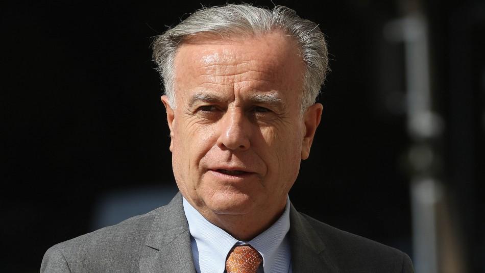 El Ministro de Salud, Emilio Santelices. / AgenciaUno