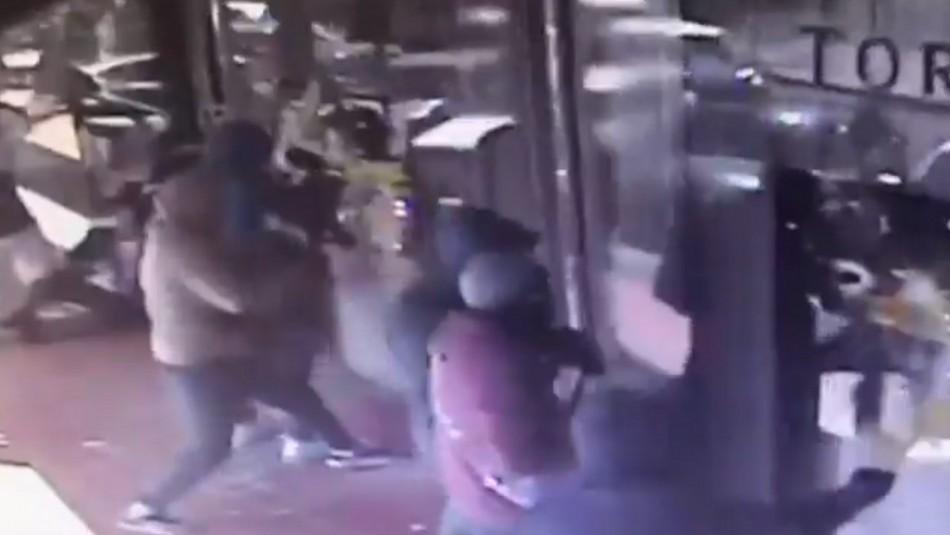 Video muestra accionar de banda criminal que robó cerca de 50 millones en joyería de Vitacura