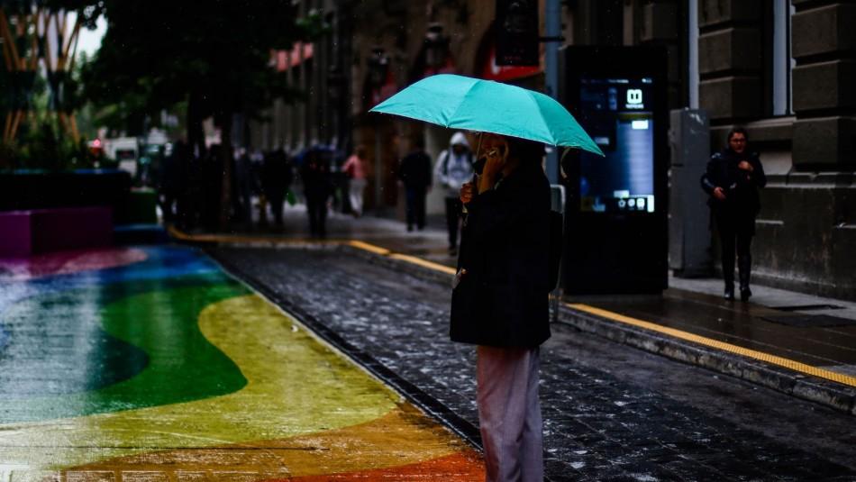 Pronostican lluvias en Santiago / Agencia Uno