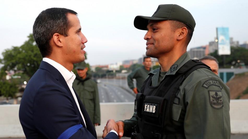 Guaidó asegura tener apoyo de FF.AA. en Venezuela:
