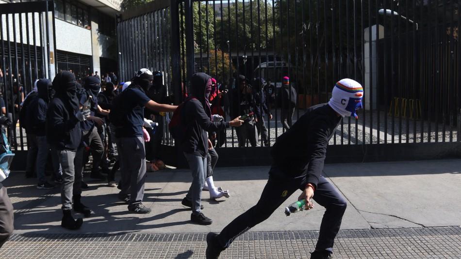 Manifestaciones en Instituto Nacional / Agencia Uno