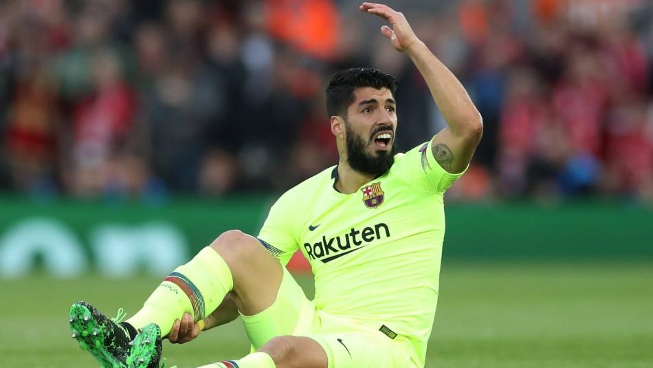 Luis Suárez lesionado en Barcelona. / Reuters