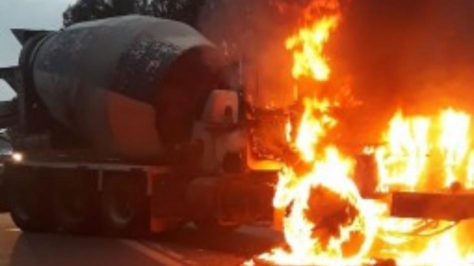 Coordinadora Arauco Malleco se adjudicó seis de los últimos ataques incendiarios en el sur