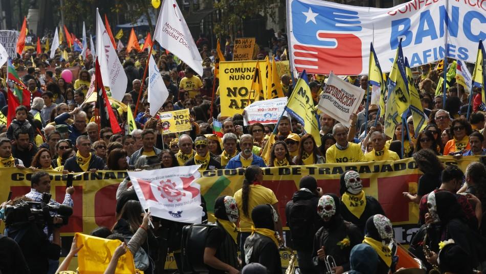 No+AFP, sindicatos y organizaciones sociales llaman a protestar el 30 de mayo / Archivo marcha 31 de Marzo del 2019 - Agencia UNO.