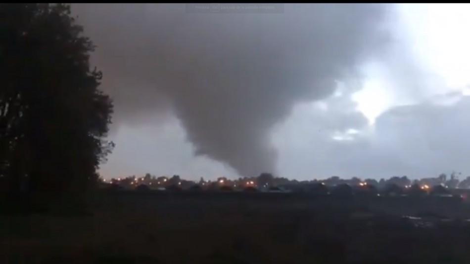 [VIDEO] Gigantesco tornado causa estragos en Los Ángeles