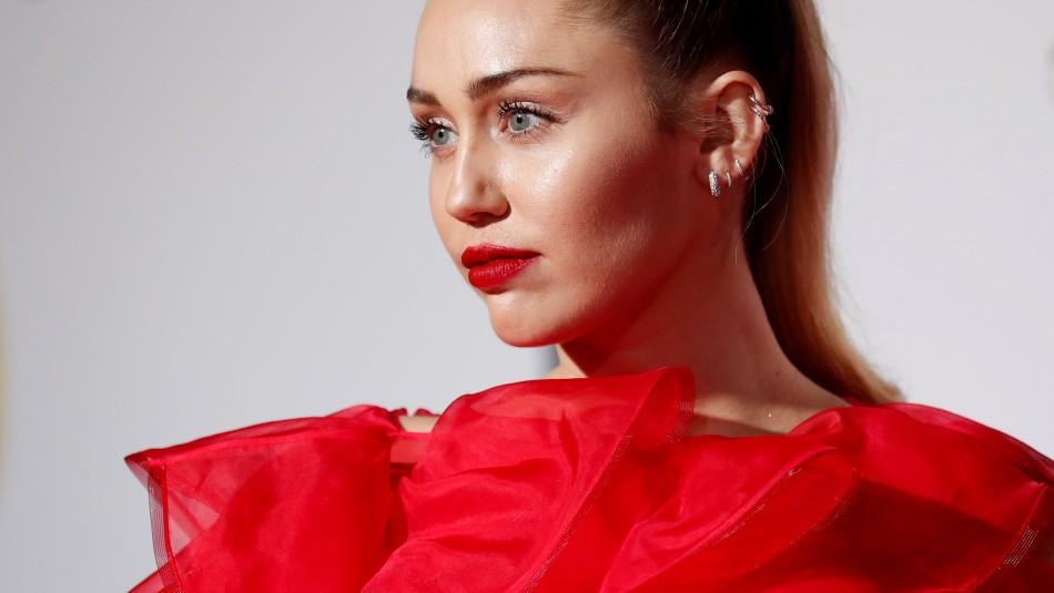 El mensaje de Miley Cyrus tras el ser abordada por un
