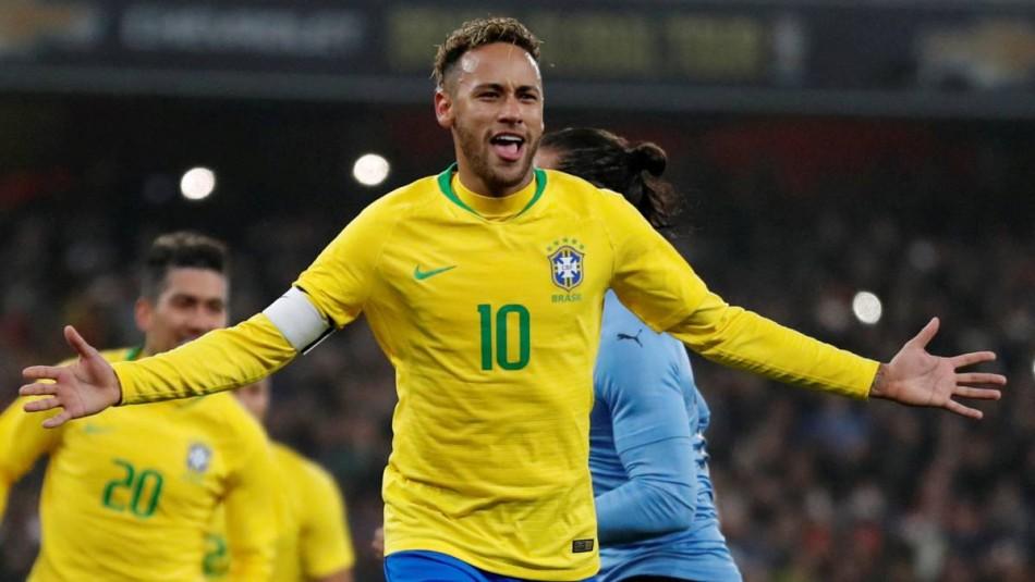 Neymar busca dejar atrás la polémica. / AFP