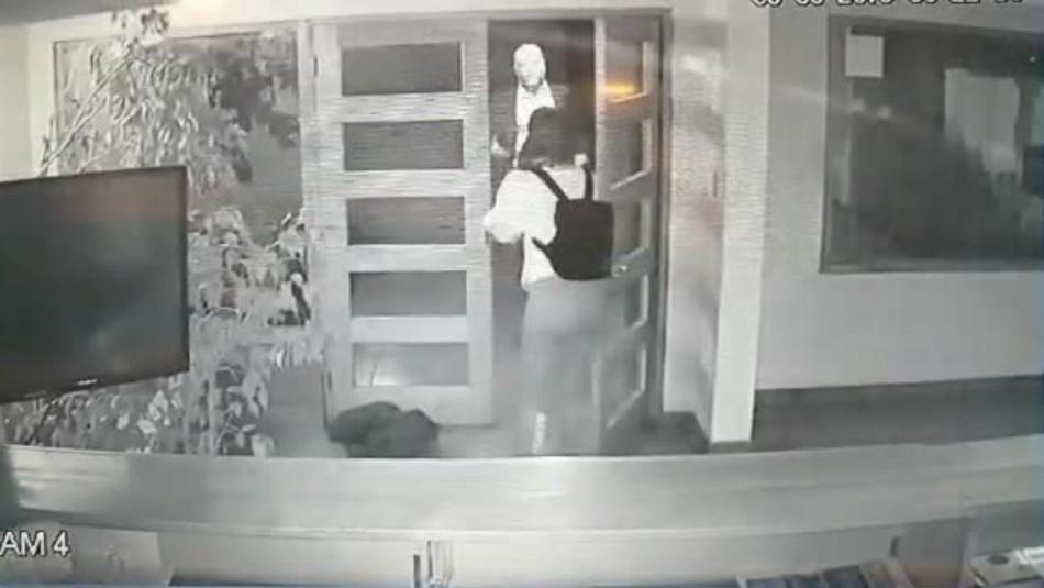 [VIDEO] Cámara de seguridad capta el momento exacto del asalto a senador Elizalde