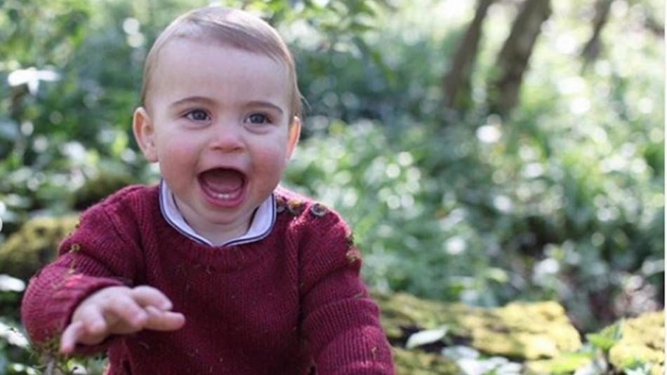 [FOTOS] El hijo de Kate Middleton usa la misma ropa que su padre y tío usaron hace 35 años