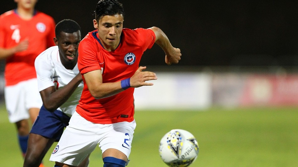 Chile juega ante China. / Toulon