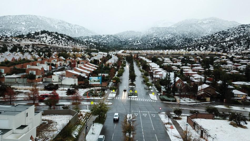 Pronostican nieve en comunas de Santiago / Agencia Uno