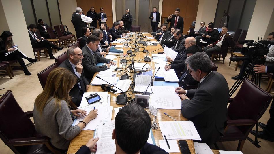 Comisión Mixta rechaza retroactividad en proyecto de imprescriptibilidad de delitos sexuales contra menores / Agencia UNO.