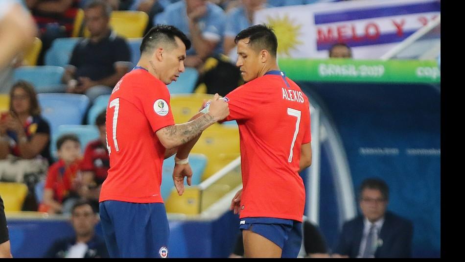 Gary Medel apuntó al duelo con Colombia. / Agencia Uno