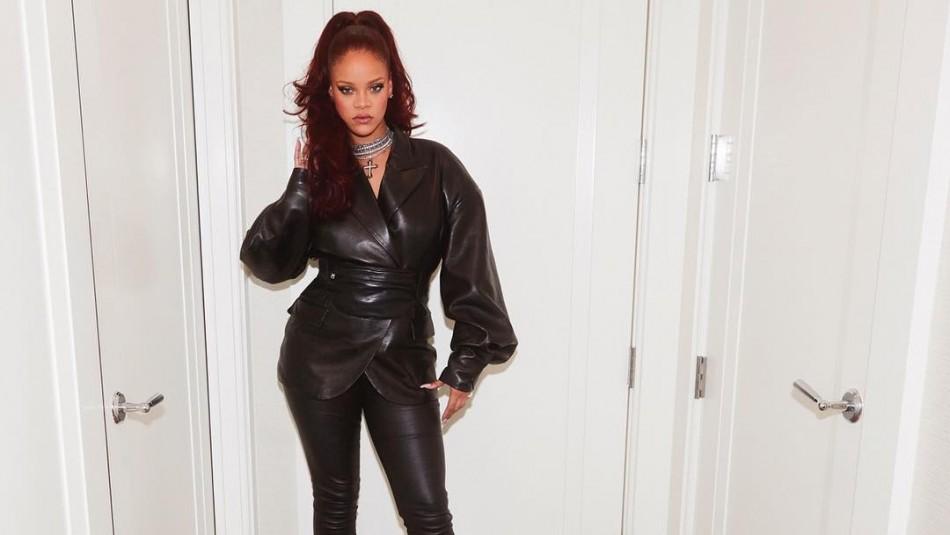 [FOTOS] Rihanna es elogiada por usar un maniquí XL para su colección de ropa