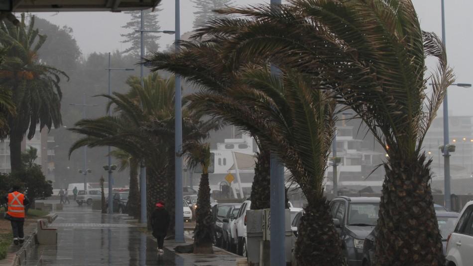 ¿Lluvias y fuertes vientos en Valparaíso?: Revisa el pronóstico del tiempo para los próximos días